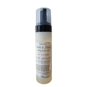 Secret Weapon foaming facial scrub 200ml